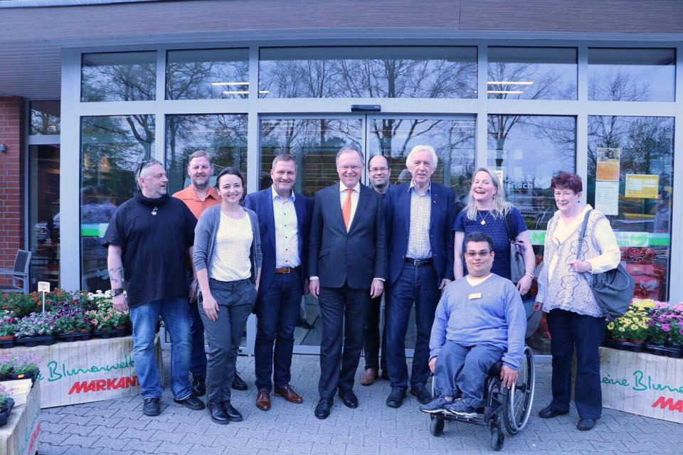 Ministerpräsident Stephan Weil besucht nah&frisch in Hasbergen