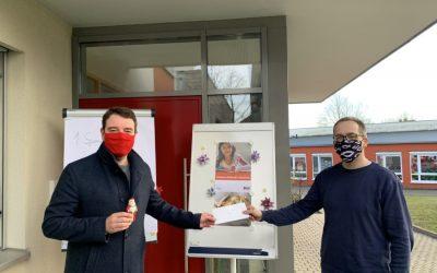 Adrian Schäfer unterstützt Sponsorenlauf der Christusgemeinde Hasbergen