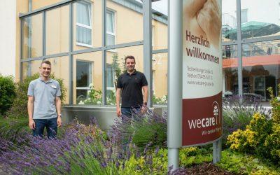 Als Praktikant im Haus am Berg: SPD-Bürgermeisterkandidat Adrian Schäfer gewinnt einen wertvollen Einblick in das Hasberger Seniorenzentrum Am Berg