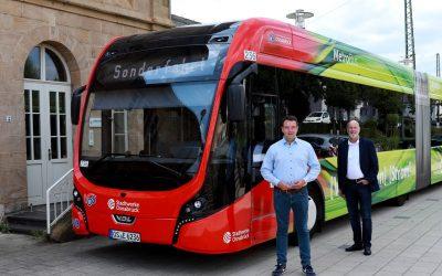 Bürgermeisterkandidat Adrian Schäfer im Mobilitätsgespräch mit Stadtwerkevorstand Stephan Rolfes